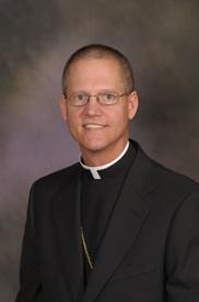 Bishop-Etienne-291