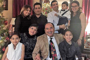 Margarita, her husband, Alfonso, and their extended family at Christmas 2016